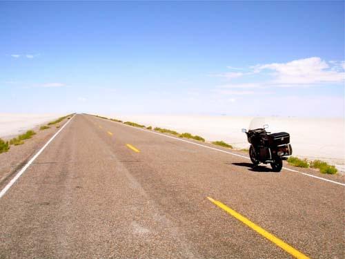 Utah-Salt-Flats-summer-2010.jpg